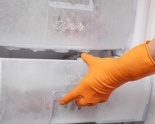 limpiar cajones congelador - الحفاظ على الفريزر من التلف